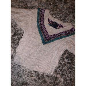 Long sleeve vneck sweater